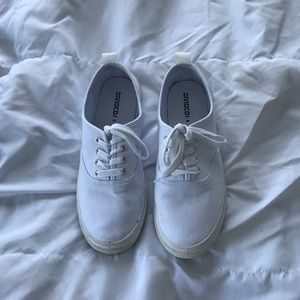 H&M divided sneakers size 7